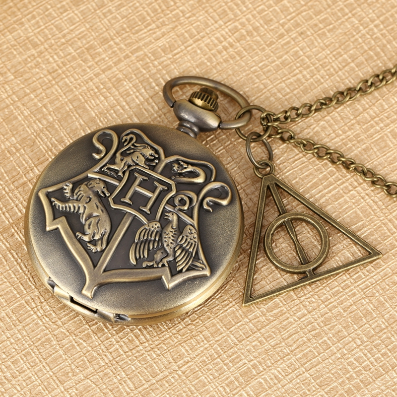Vintage Bronze Witchcraft And Wizardry Badge H Quartz Pocket Watch Sweater Necklace Pendant Chain With Hollow Triangle Accessory
