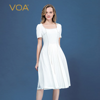 VOA flowing white 36 mmi heavy silk micro bounce straight necked square collar black needle pleated short sleeved dress A10275