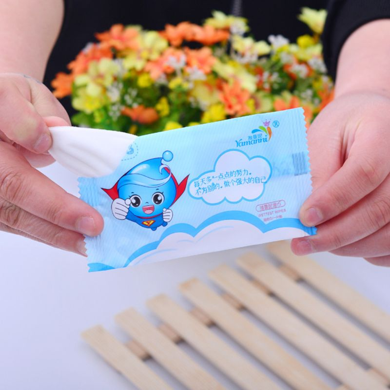 1 Bag Disposable Baby Wet Wipes Travel Portable Kids Child Hand Mouth Tissues Cartoon Happiness Superman Printed Individually Wrapped