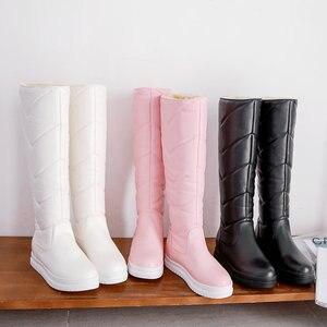 Image 3 - חורף חם קטיפה הברך גבוהה מגפי נשים קומפי שטוח העקב מגפי שלג להחליק על פלטפורמת אישה ארוך מגפי נעליים שחור ורוד לבן 2019