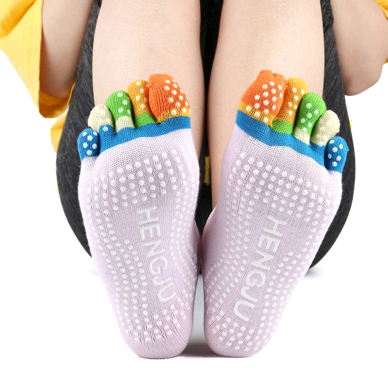 Women Sports Yoga <font><b>Socks</b></font> Silicone dots Non-slip Pilates Five Fingers Silicone <font><b>5</b></font> <font><b>Toe</b></font> <font><b>Sock</b></font> Ballet Gym Fitness Winter Grip <font><b>Socks</b></font> image
