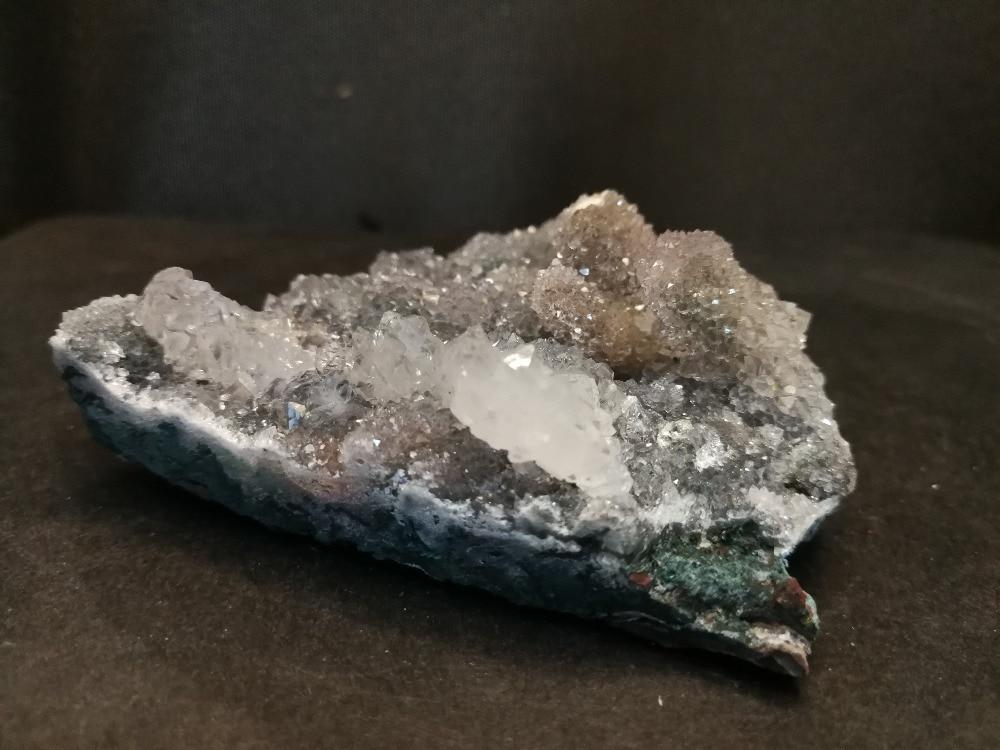 144.0 gnatural colunar opacificação colunar cristal dente mineral, espécime de cristal
