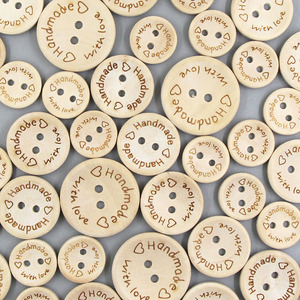 50Pcs Handmade With Love Wooden Buttons 2 Holes Round Button Natural Color Baby Buttons For Scrapbooking Crafts Sew Button DIY