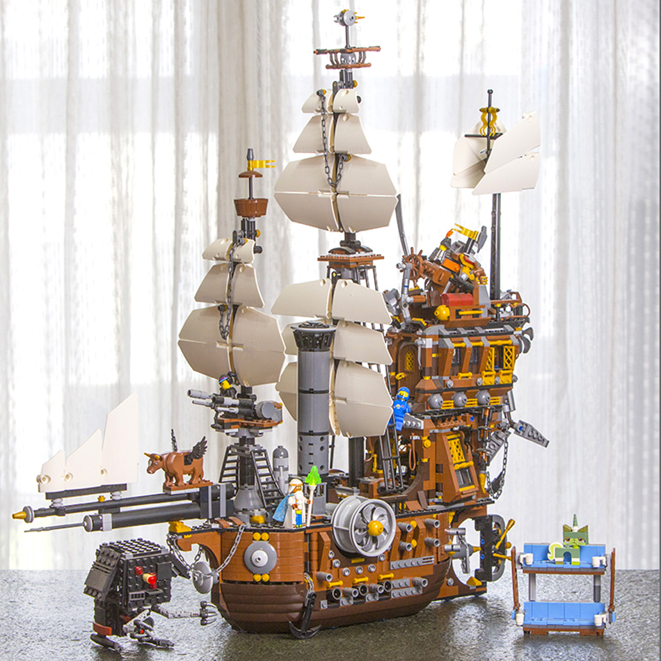 In Stock 16002 Pirate Ship Metal Beard's Sea Cow Model Building Blocks Bricks Toys for Children Boy Gifts Compatible