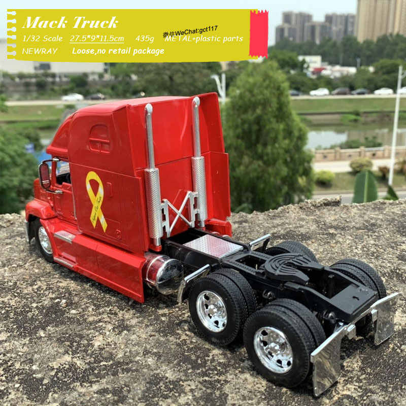 New Ray Mack Vision LKW Modell 1:32