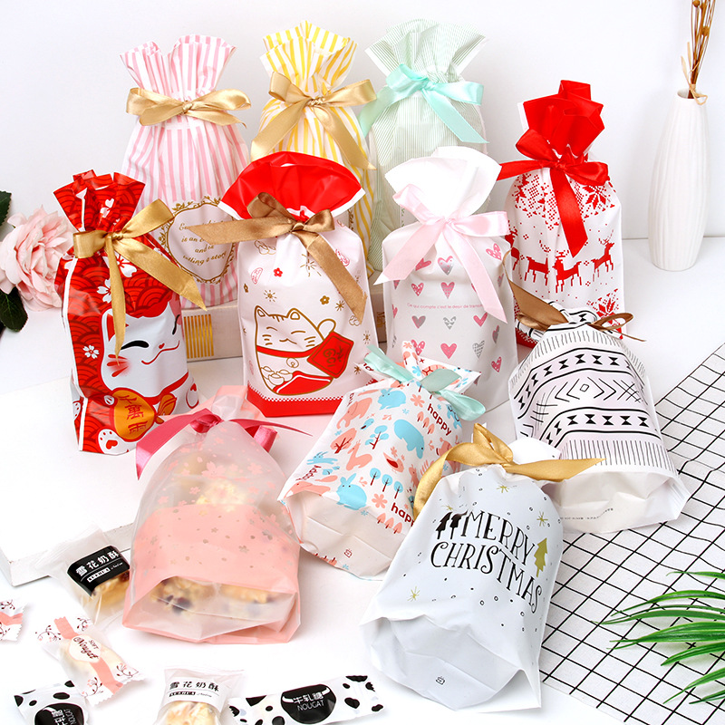 10PCSNew Year Christmas Bag Christmas Gift Bag Candy Cookies Plastic Bag For Packaging Food Gift Drawstring Drawstring Pocket
