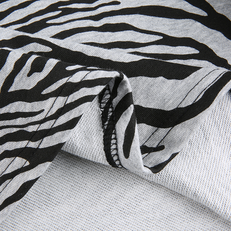 Zebra Sweatshirt (10)