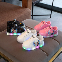 Lovely baby girls shoes LED lighting cartoon sneakers infant tennis soft glowing casual