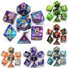 Ofertas quentes o mais baixo preço 26 cores mix dice conjunto com saco dnd rpg portabletoys para adultos crianças cubos de plástico polyhedral d20