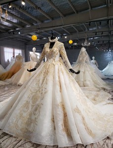 Image 3 - Ivory Long Sleeves Wedding Dresses with Gold Lace for Women 2020 Princess Puffy V Neck Corset Real Photos Vintage Bridal Gowns