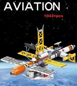 Image 4 - Ewellsold צעצועי תחנת החלל שבתאי V רקטות אבני בניין לילדים עיר הסעות לווין אסטרונאוט איור לבנים