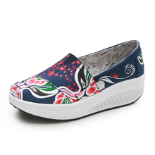 Women Flat Platform Shoes Red Green Ladies Canvas Toning Shoes Outdoor Female Slimming Fitness Swing Shoes Height Increasing