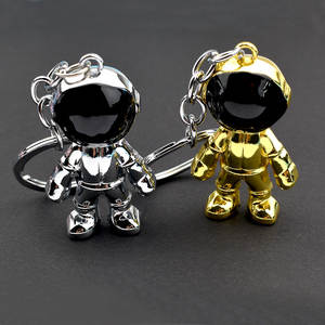 2020 Cartoon Metal Space Robot Keychains Cute Astronaut Figure Key Chain For Woman/Men/Kids Ins Bag Car Key Ring Pendant Trinket