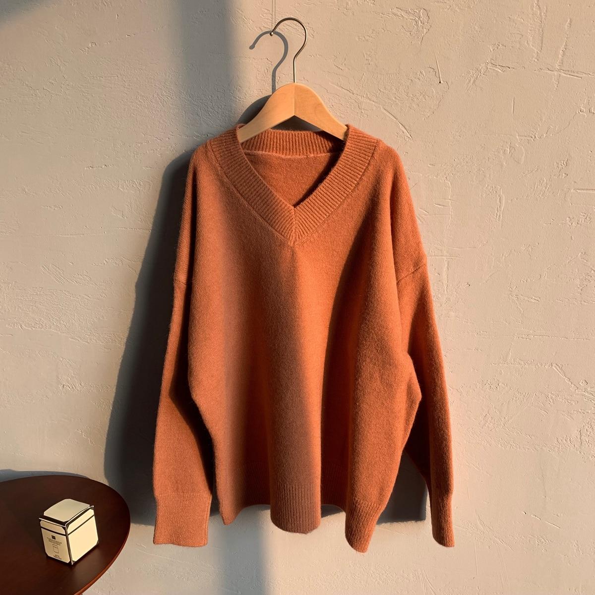 Женский вязаный свитер с v образным вырезом свободный зимний