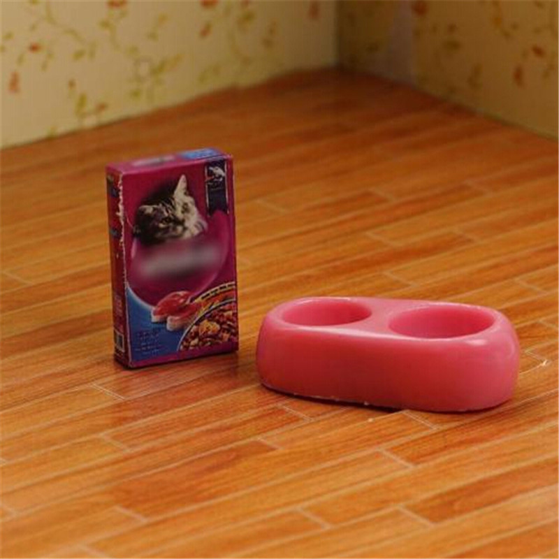 1Pcs Mini Dog Cat Pet Food With Plate Simulation <font><b>Furniture</b></font> Model Toys For <font><b>Doll</b></font> Accessories Decoration 1/12 Dollhouse Miniature image