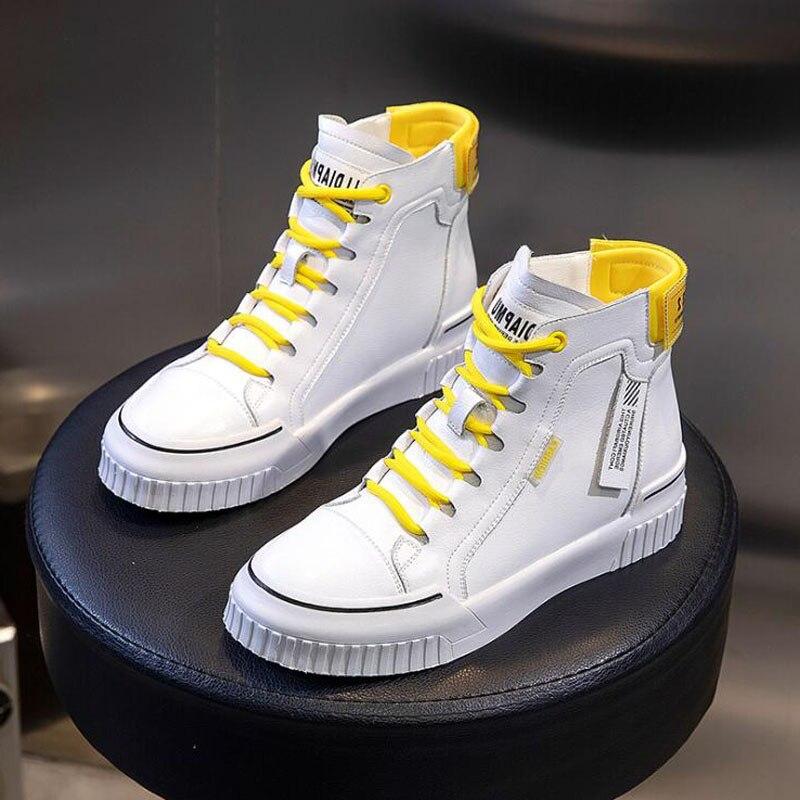 Nouveau 2020 printemps plate-forme Martin chaussures bottines femmes mode blanc noir fendu en cuir bottes courtes Sneaker P-5527