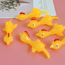 10pcs Joke Toys And Novelty Gags Funny Laugh A Catapult Turkey Fun Toy Catapult Chick Light Rubber Finger Prank Flying Toy Pract tanie tanio CN(Origin) Unisex Animals 3 years old Support Wholesale relax and make fun