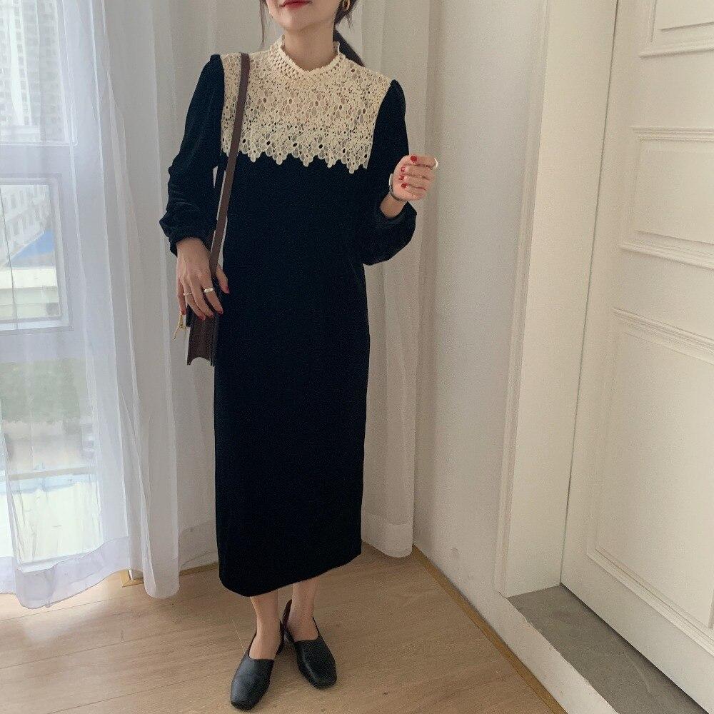 H636724dcf01a40288cdc1d2eb422ed99E - Autumn / Winter Korean O-Neck Long Sleeves Lace Patchwork Midi Dress