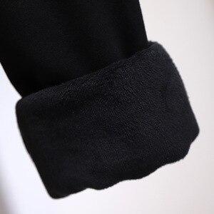 Image 5 - 2019 jesień zima plus rozmiar spodnie sportowe dla kobiet duże grube aksamitne wełny dorywczo luźne ciepłe długie 3XL 4XL 5XL 6XL 7XL