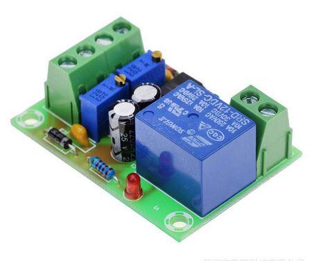 XH-M601 bateria 12V inteligentne urządzenie zasilanie płyta sterowania automatyczne ładowanie i Blackout czujnik układu scalonego