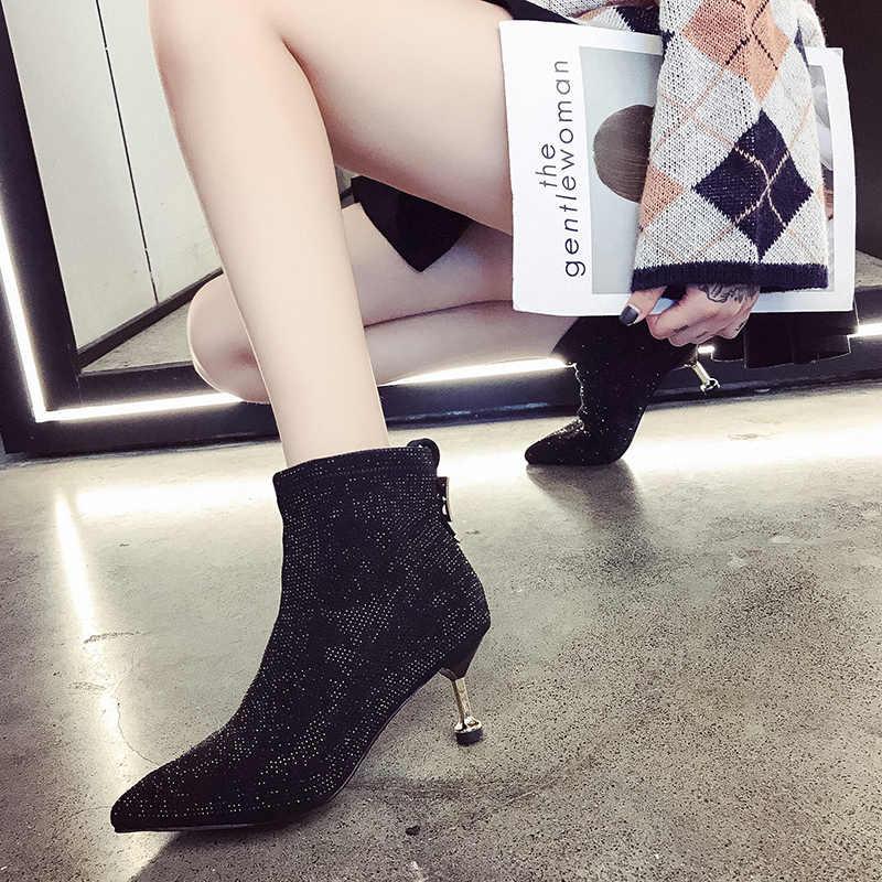Kısa çizmeler kadın 2019 sonbahar ve kış yeni çıplak botlar moda sivri yüksek topuklu stiletto ile vahşi net kırmızı tüp tek çizmeler