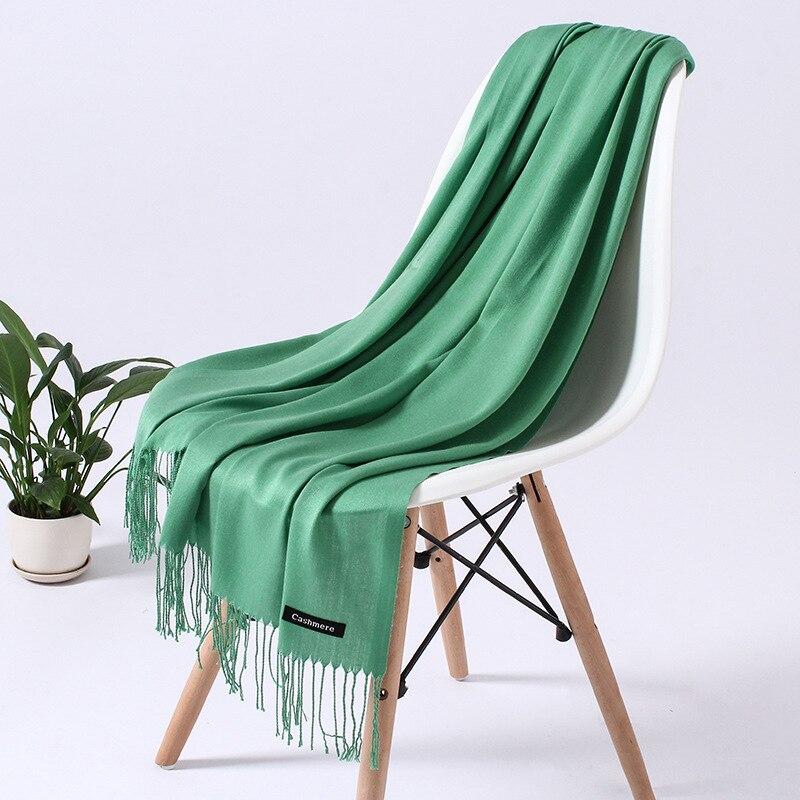 Однотонный кашемировый шарф для женщин новые длинные мягкие шали и палантины пашмины модные хиджаб с кисточками женские шейные шарфы - Цвет: 110g guolv