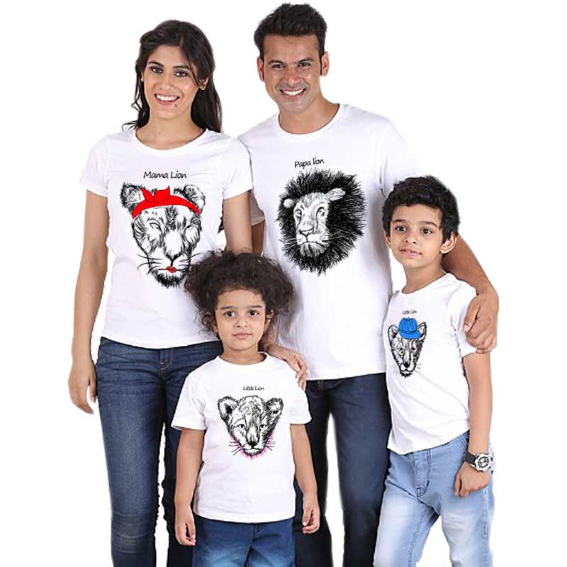Papa Mama Little Lion Family Matching Clothes Summer T Shirt Dad Mom Son Daughter Kids Girls Boys Tops Fashion Streetwear Cotton