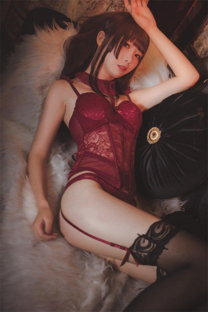 ★网红★面饼仙儿–脑内少女cos红色束衣[22P/211MB]插图(2)