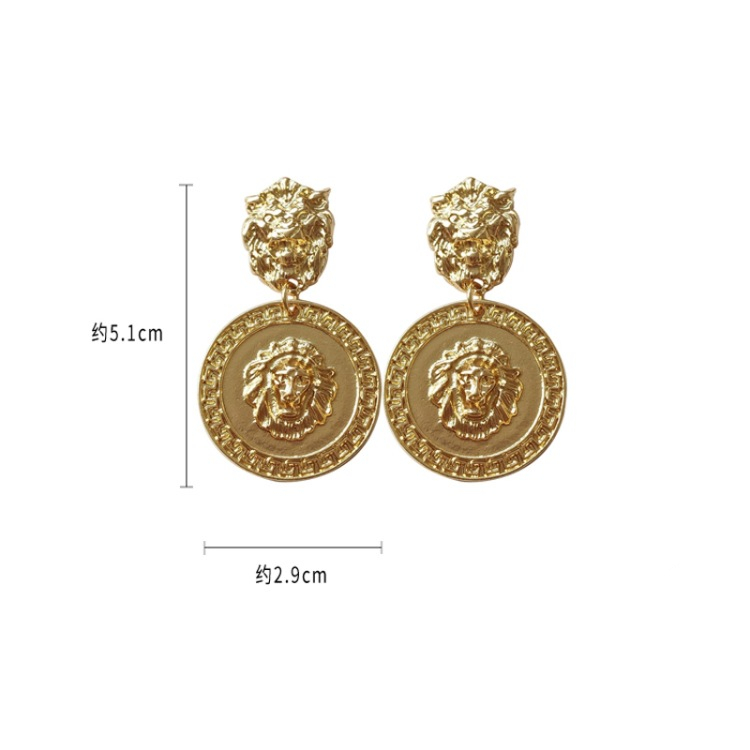 Fashionable And Changeable Metal Texture Creative Geometric Retro Style Street Patting Personality Stud
