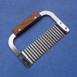Drewniany uchwyt nóż do wycinania fali oryginalność Ripple nóż francuski Fry nóż do cięcia Noodle Cut nóż do ziemniaków ręczne urządzenie do cięcia mydła