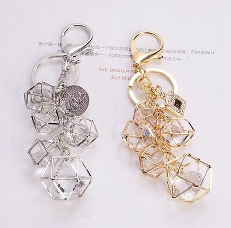 2019 Fashion Personality Hollow Geometric Crystal Key Chain Keychains Women Car Keychain Creative Couple Key Ring