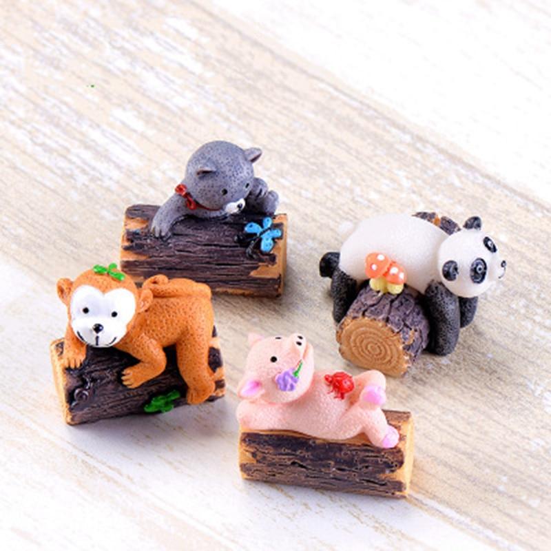 Animal Panda Monkey Pig Bear Wood Cartoon Guard Sunshine Zoo Model Statue Figurine Crafts Ornament Miniatures Decoration