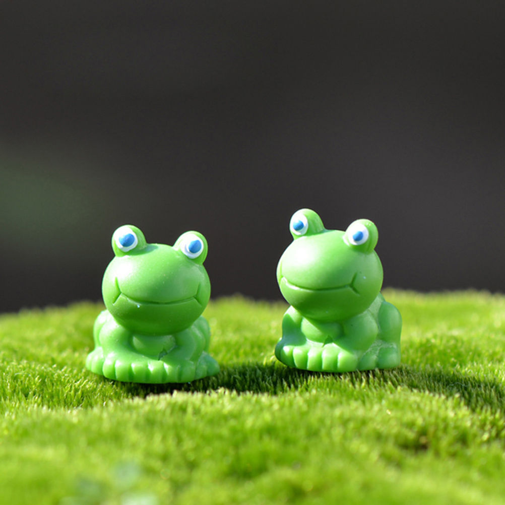 2Pcs Cute Frog DIY Resin Fairy Garden Craft Decoration Miniature Micro Gnome Terrarium Gift