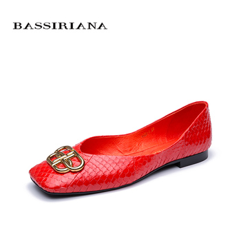 Spring / Summer 2020 New Women's Shoes Flat Soft Bottom Leather Balenciaga Style Snakeskin Color Single Shoes