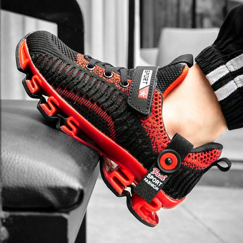 Anne ve Çocuk'ten Tenis Ayakk.'de Yeni Trend çocuklar Unisex rahat ayakkabılar siyah çocuklar Sneakers Boys için moda genç eğitmenler boyutu 31 39 çocuk kız koşu ayakkabıları title=