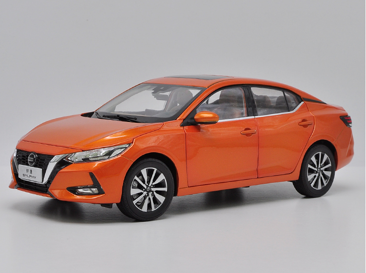 1:18 Diecast Model For Nissan Sylphy 2019 Orange Sedan Alloy Toy Car Miniature Collection Gifts Sentra