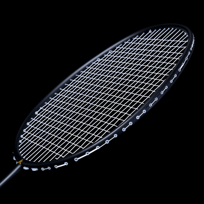 HOT Ultralight 6U Badminton Racket Professional Carbon Portable Free Grips Sports HV99