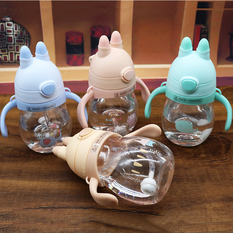 Silica Gel Baby Feeding Bottles Sippy Cup Toddler Newborn Infant Milk Water Bottle With Handle Training Bottle Baby Drinking Cup