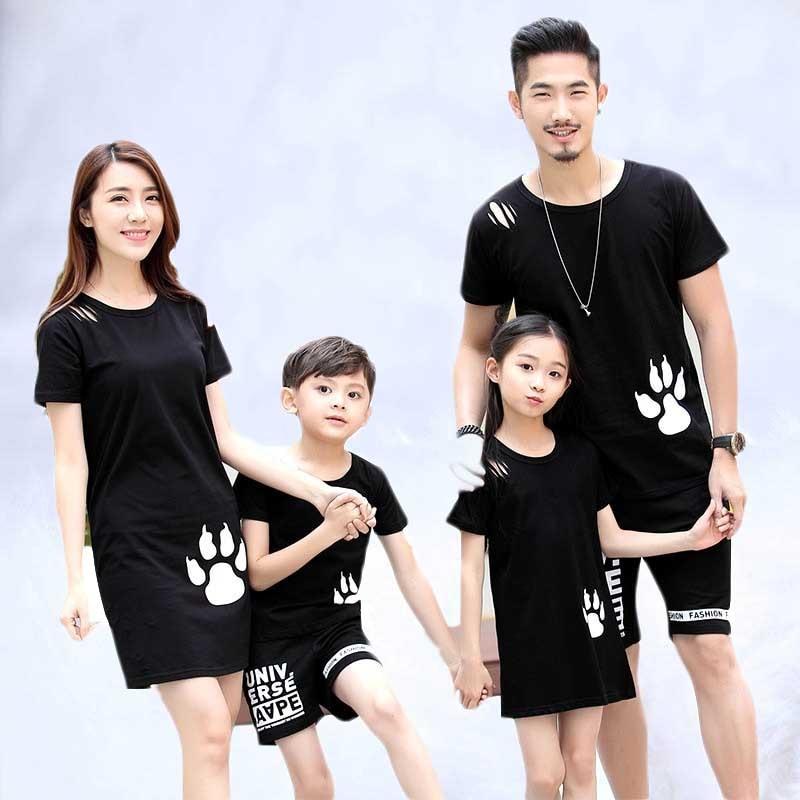 2019 Look de famille tenues père mère fille fils maman maman et moi vêtements t-shirt pantalon robe Couple père fils correspondant tissu