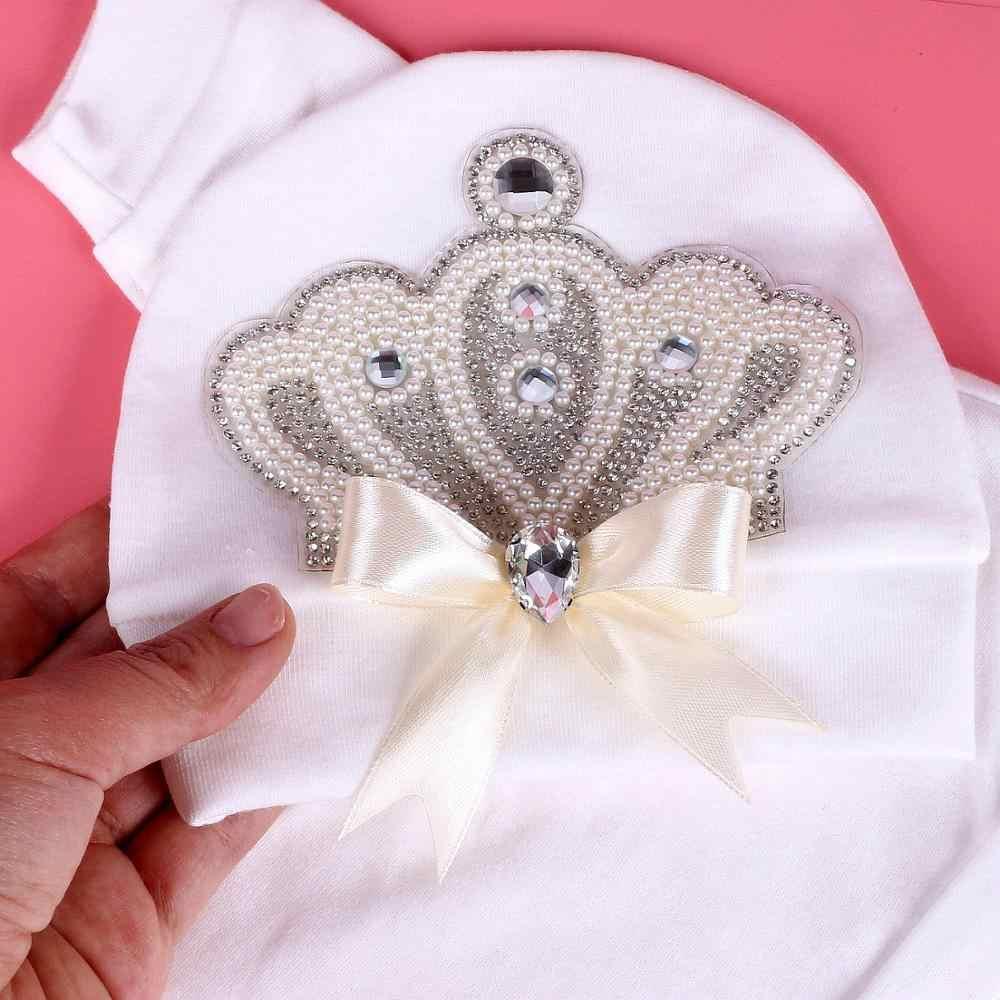 0-6 月女の子の服の王女真珠の王冠と弓新生児ベビーボディスーツパジャマ衣装 2020 赤ちゃん服ギフト新