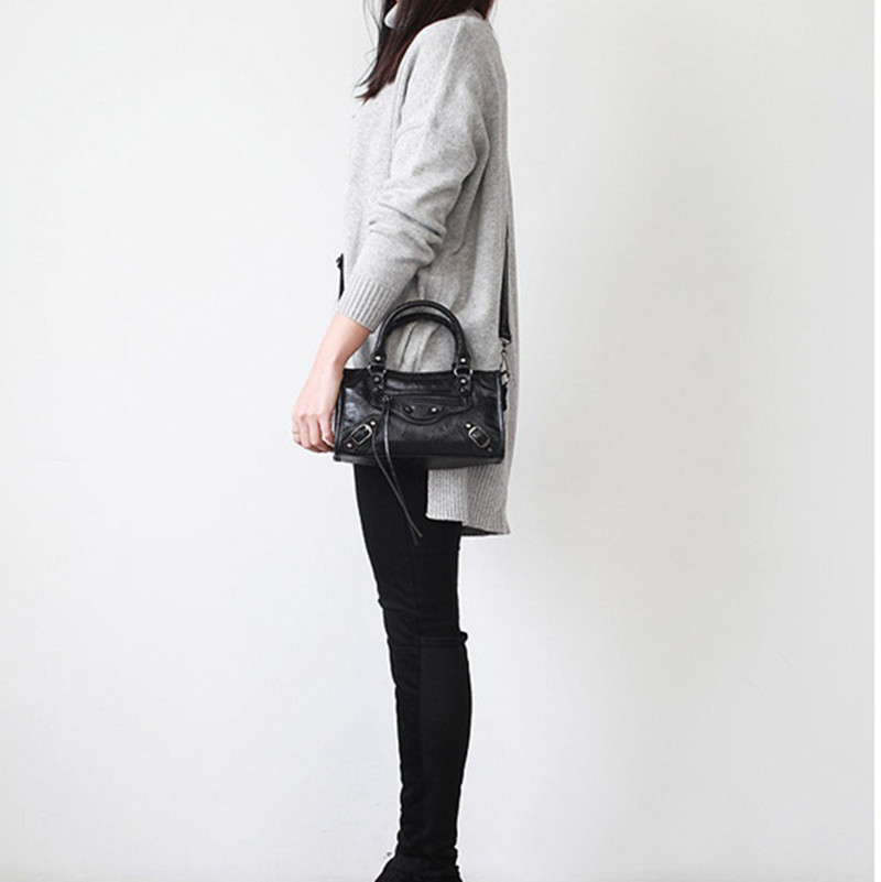 PU Leather European Luxury Motorcycle Bag For Women Tassel Rivet Handbag Quality Female Crossbody Messenger Bags