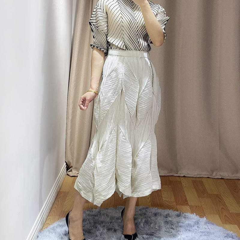 Changpleat Spring Summer New Women Skirts Miyak Pleated Fashion Design Solid Elastic Waist Female Bud Skirt Tide
