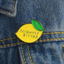 Broche con limón para mujer, insignias de creatividad, insignias metálicas, accesorios de joyería