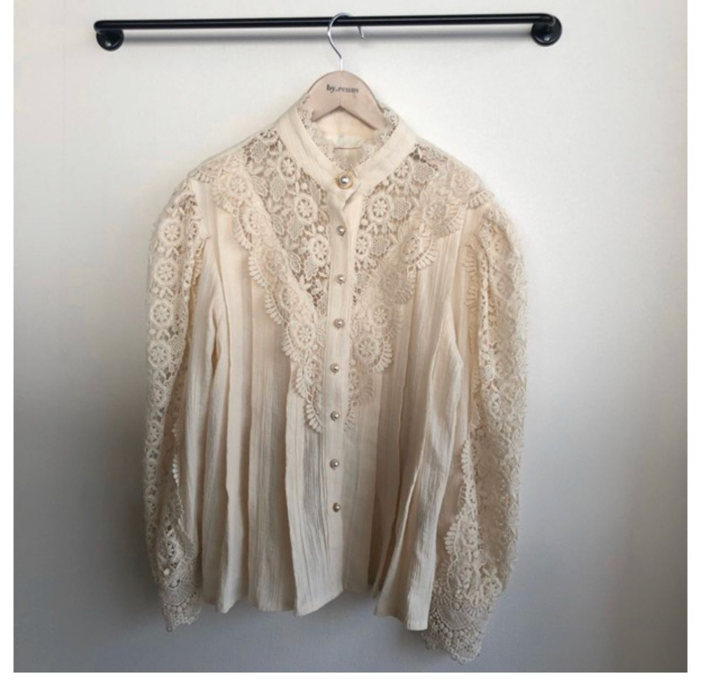 H63c890e1f6d843709ace37e90258d11fY - Spring / Autumn Stand Collar Long Sleeves Hollow Out Lace Blouse