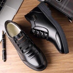 Image 4 - Misalwa inverno botas masculinas couro do plutônio quente isolamento de pele botas de tornozelo clássico ao ar livre casual básico botas de homem mais velho