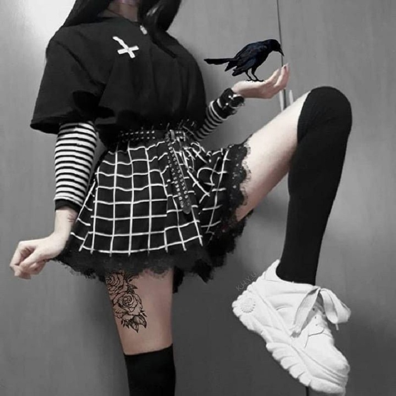 Punk Gothic Women Shorts Black White Plaid Shorts Harajuku Shorts High Waist Lace Trim Chic Lace Streatwear Lolita Shorts Womens