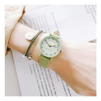 Exquisite Women Fashion Flower Watches Daisy Design Elegant Ladies Wristwatches Simple Number Female Quartz Leather Watch