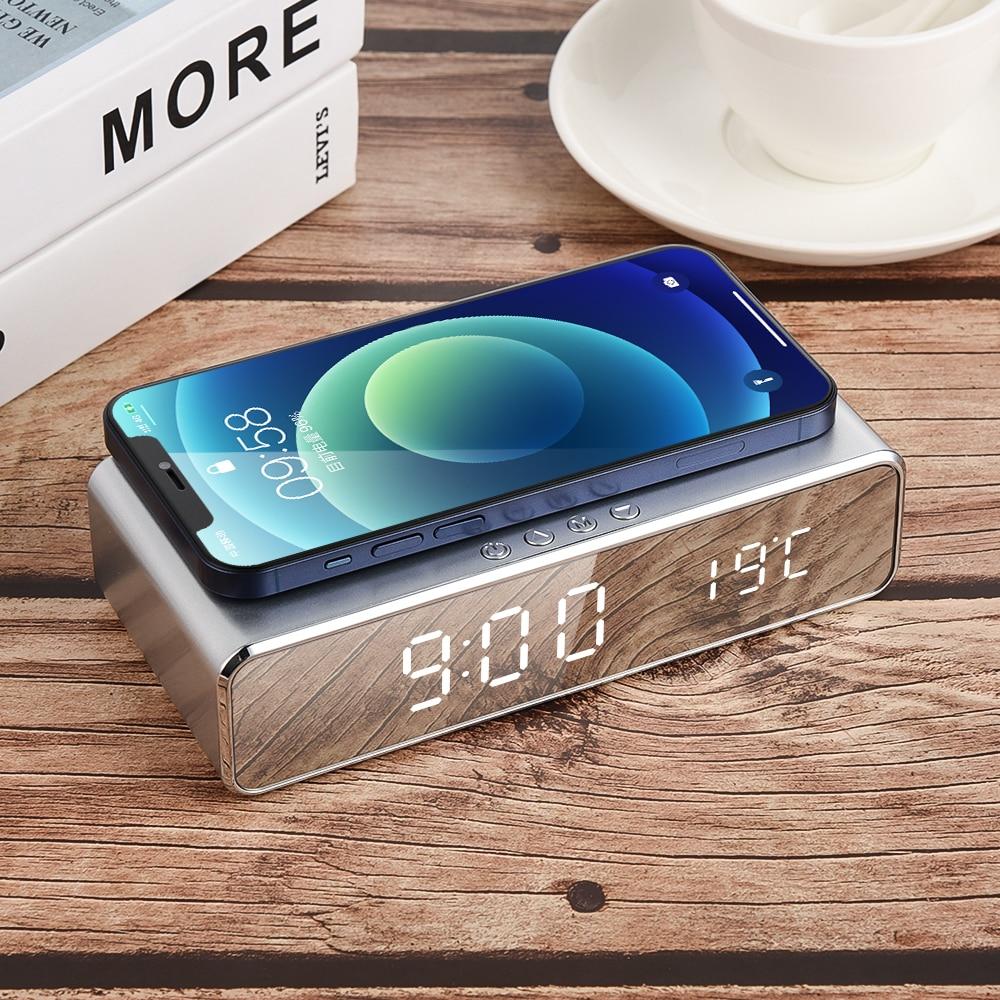 3 in1 LED sveglia elettrica caricabatterie Wireless telefono Pad di ricarica termometro digitale orologio HD orologio specchio orologio digitale tavolo 1