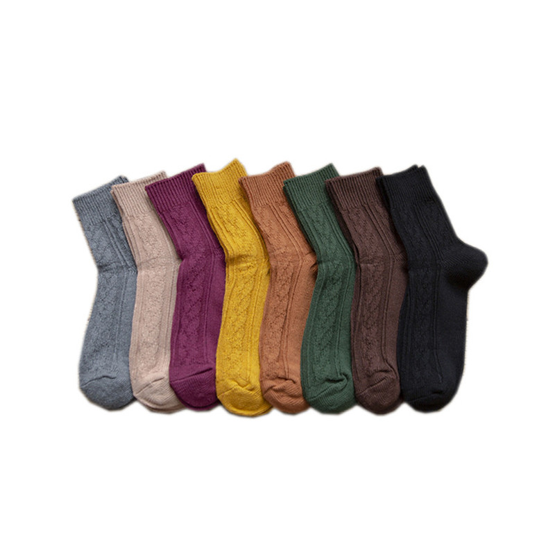 New Women Autumn Winter Short Cotton Knitted Warm Socks Vintage Students Casual Sox Christmas Sock Gifts