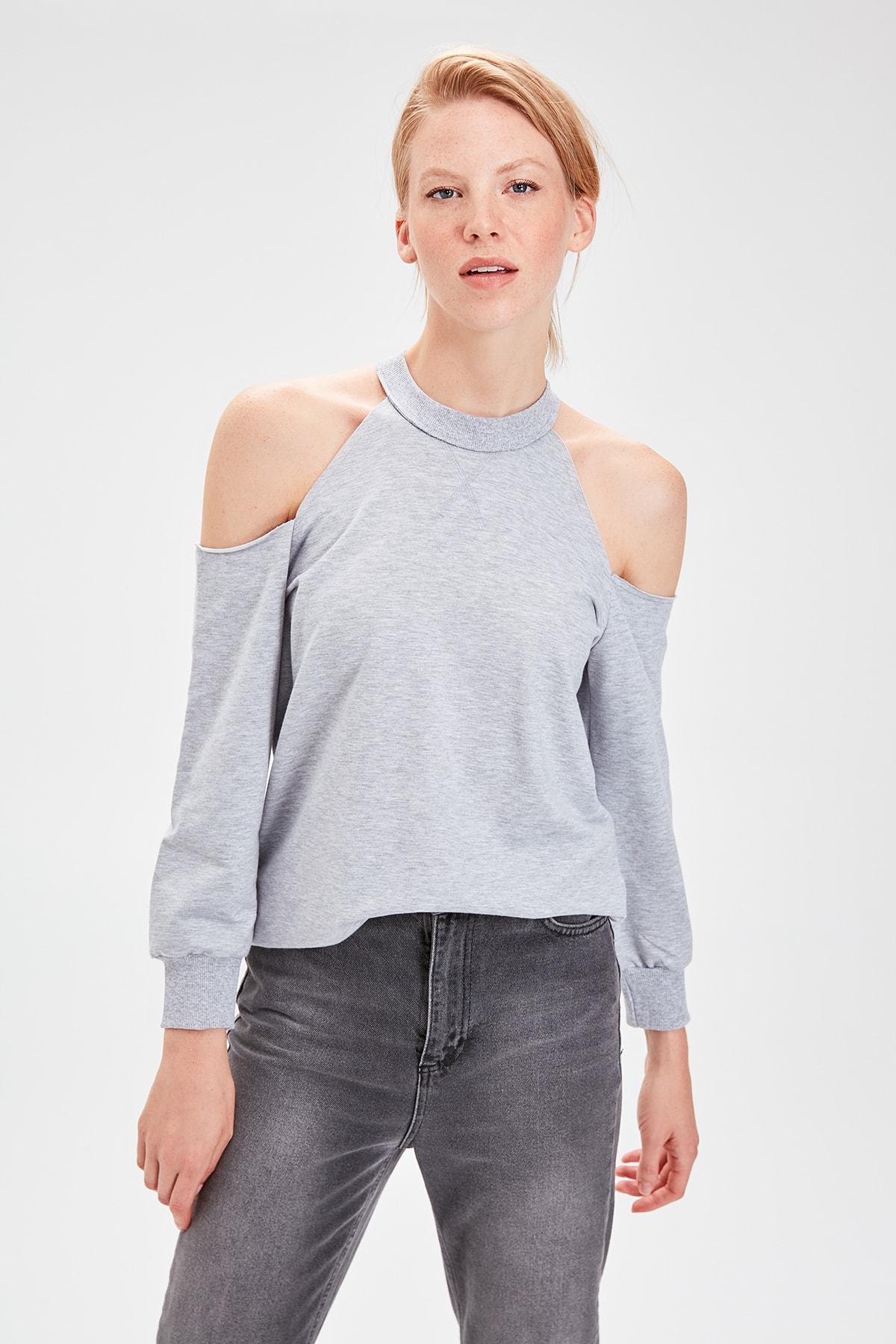 Trendyol Gray Cut Outlu Knitted Sweatshirt TWOAW20SW0077